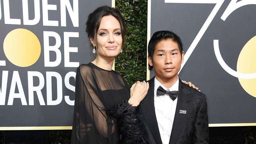 Angelina Jolie mit ihrem Sohn Pax auf der Golden Globes Verleihung 2018