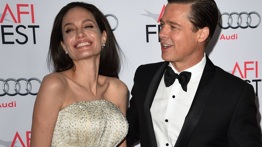 """Angelina Jolie und Brad Pitt wirken sehr glücklich bei der Premiere von """"By The Sea"""""""
