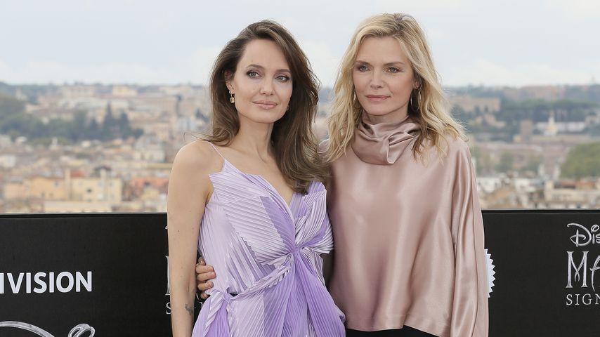 """Angelina Jolie und Michelle Pfeiffer beim """"Maleficent: Mistress Of Evil""""-Photocall"""
