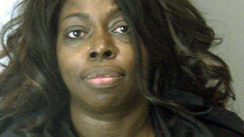 Angie Stone attackierte Tochter mit Metallstange!