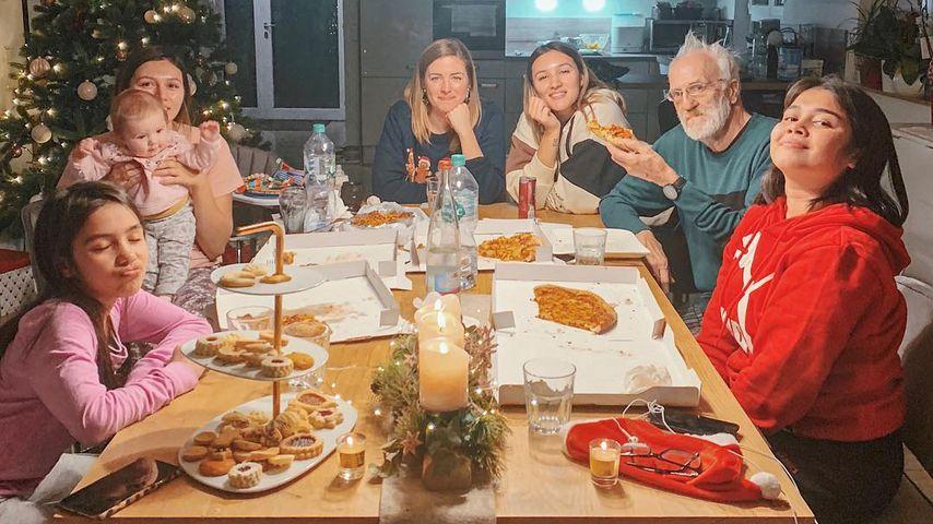 20 Jahre her: Anna Maria Damm & Schwestern an Xmas vereint
