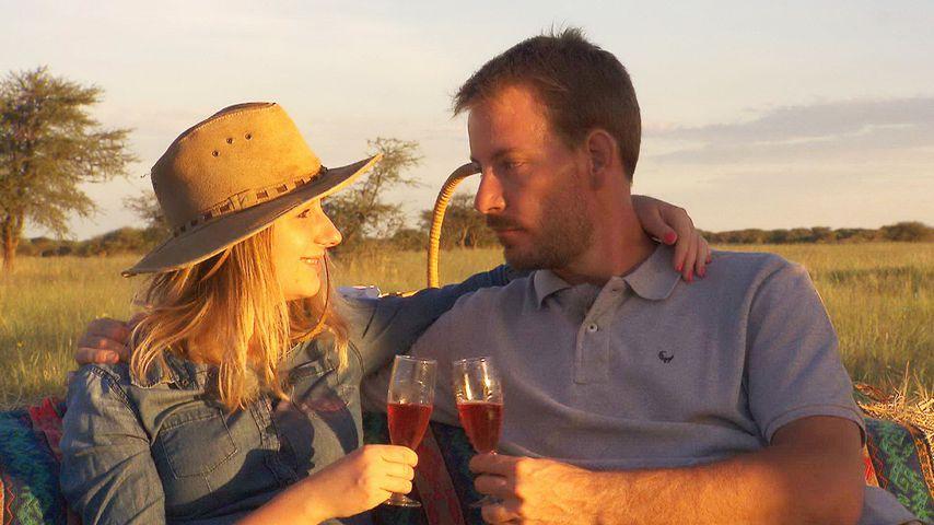 Zu BsF-Gerald nach Namibia: Anna sitzt auf gepackten Koffern