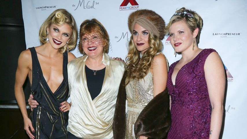 AnnaLynne McCord mit ihrer Mutter Sheri und ihren Schwestern Rachel und Angel