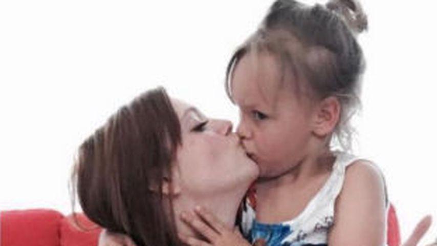 Nach Beckham-Shitstorm: Anne Wünsche küsst Kids auf Mund