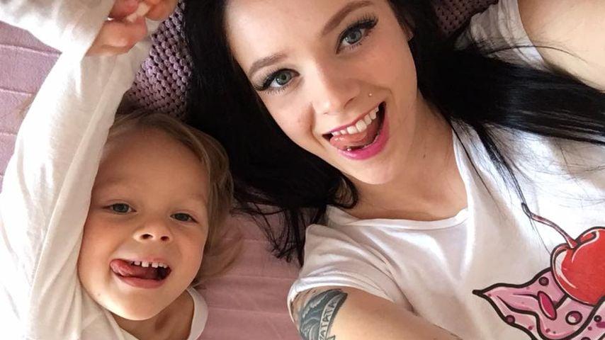 Anne Wünsche mit Töchterchen Miley