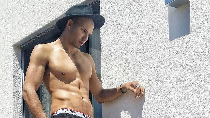 Anthony Schirru, Model