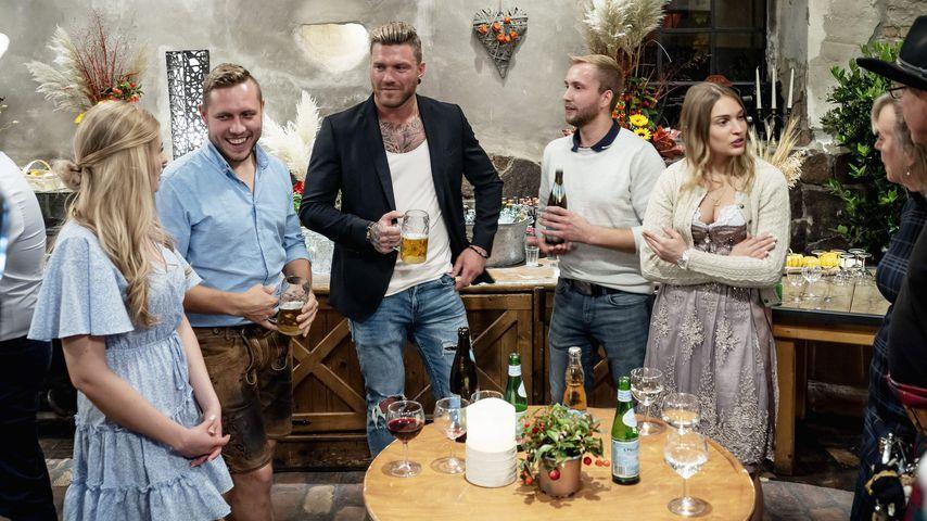 """Antonia, Patrick, Till, Nils, Julia, Steffi, Lutz im """"Bauer sucht Frau""""-Finale 2020"""