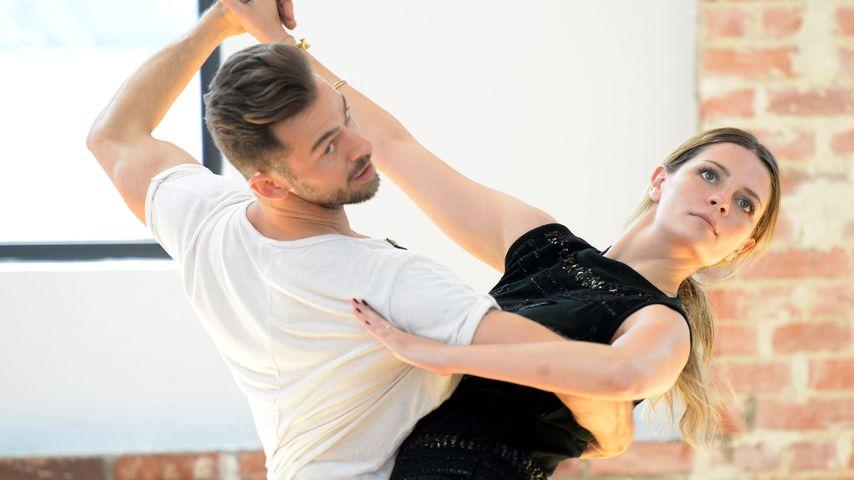 Artem Chigvintsev und Mischa Barton beim DWTS-Training