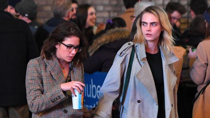 Ashley Benson und Cara Delevingne in New York