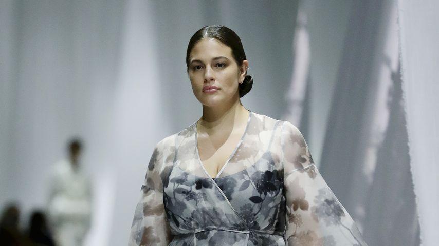 Ashley Graham auf der Fashion Week in Mailand, 2020
