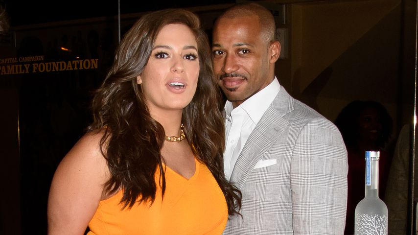 Ashley Graham mit Ehemann Justin Ervin im Apollo Theater in New York