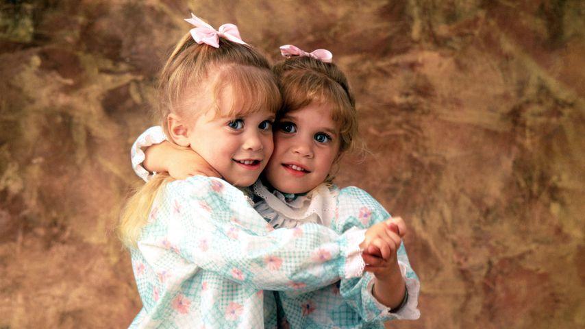 Ashley und Mary-Kate Olsen im Jahr 1990