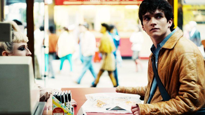 "Fionn Whitehead in ""Black Mirror: Bandersnatch"""