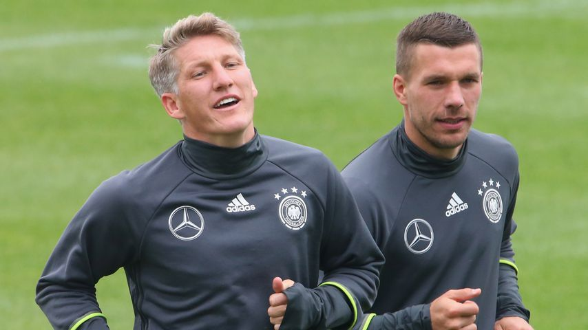 """Ekelhaft"": Schweini, Poldi & Co. kritisieren Super League"