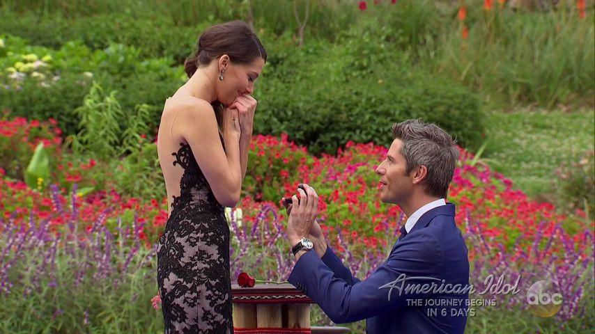 """Becca Kufrin und Arie Luyendyk, Jr. im Finale von """"The Bachelor"""""""