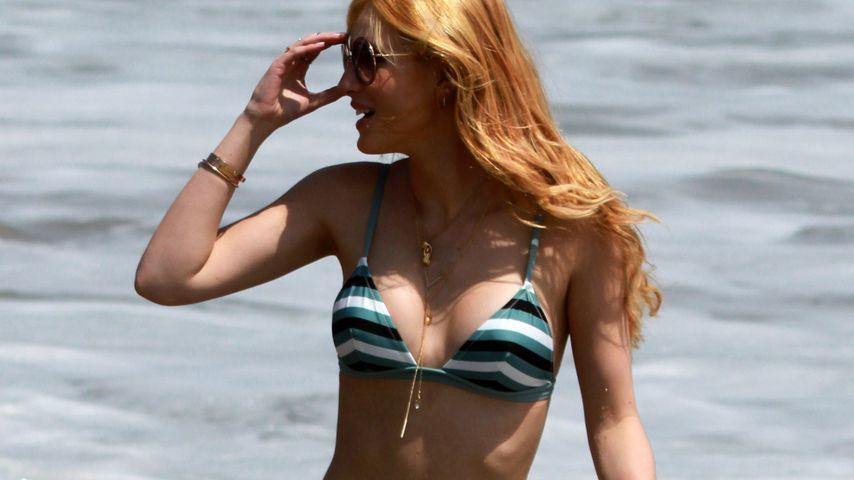 Sexy Selfie-Show: Bella Thorne posiert im knappen Bikini