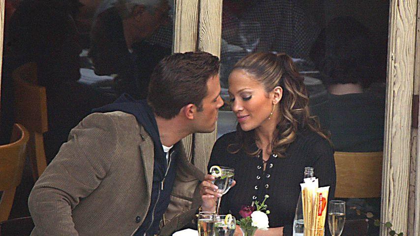Ben Affleck und Jennifer Lopez im Dezember 2002