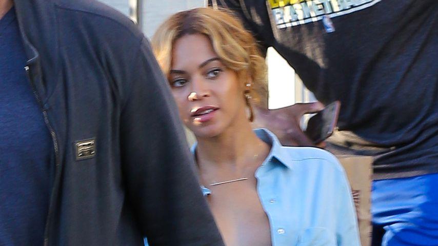 BH-lose Beyoncé! Hier lässt sie die Brüste hängen