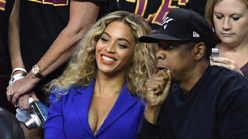 Beyoncé und Jay-Z bei dem NFL-Finale 2016