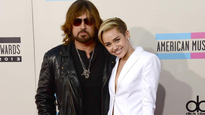Billy Ray und Miley Cyrus im November 2013
