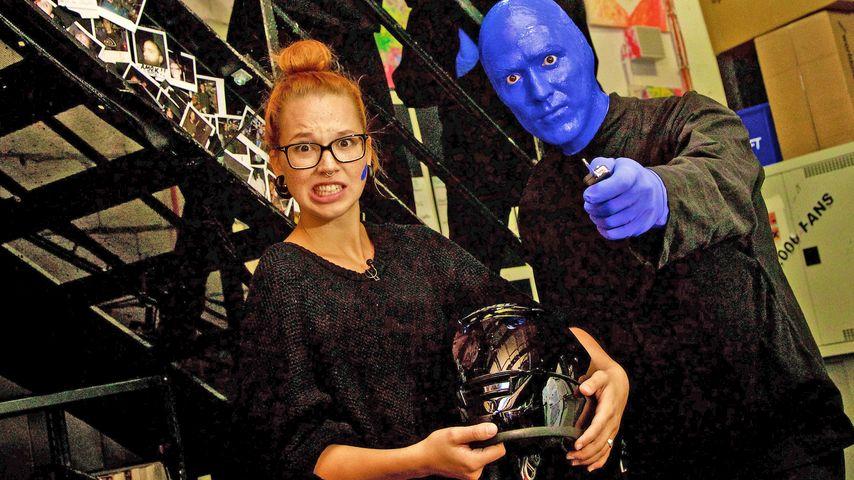 Blauer Auftritt! Stefanie Heinzmann farbenfroh bei TV total