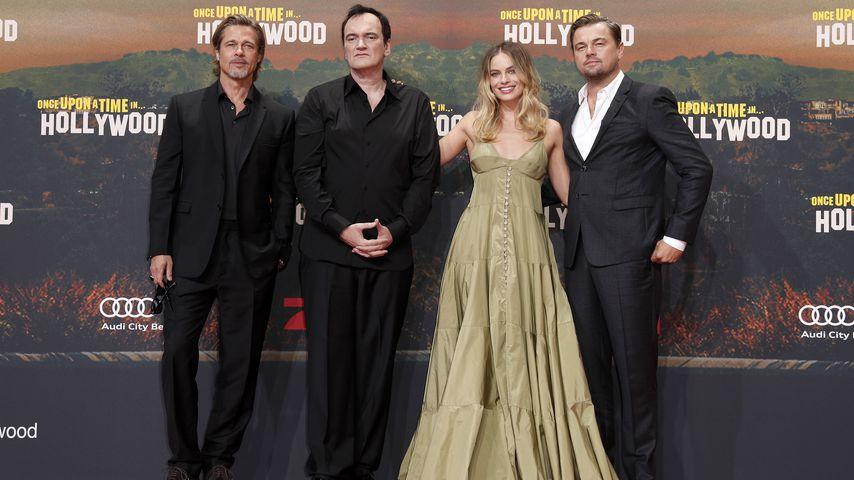 Brad Pitt, Quentin Tarantino, Margot Robbie und Leonardo DiCaprio auf einer Filmpremiere in Berlin
