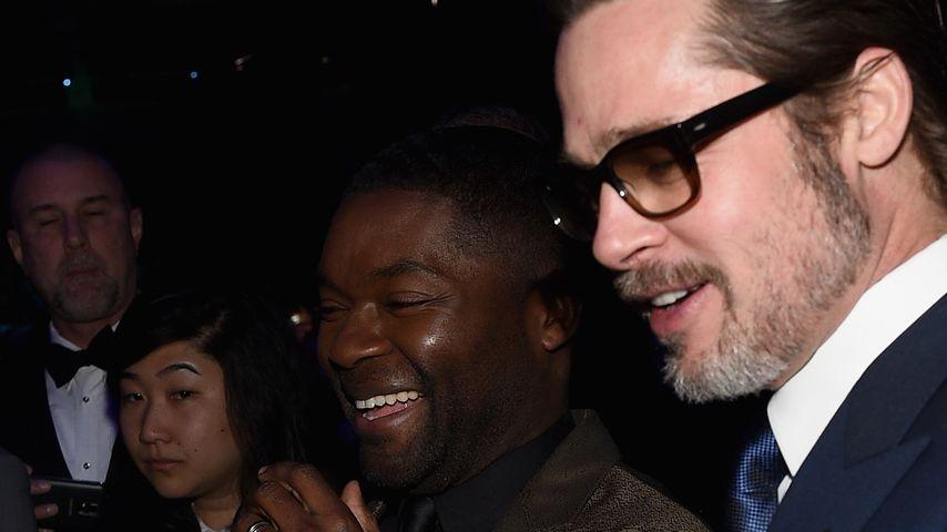 Lackierte Männerhände: Brad Pitt mag es feminin!