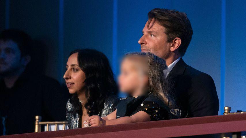 Schon so groß! Bradley Cooper mit Tochter Lea auf einer Gala