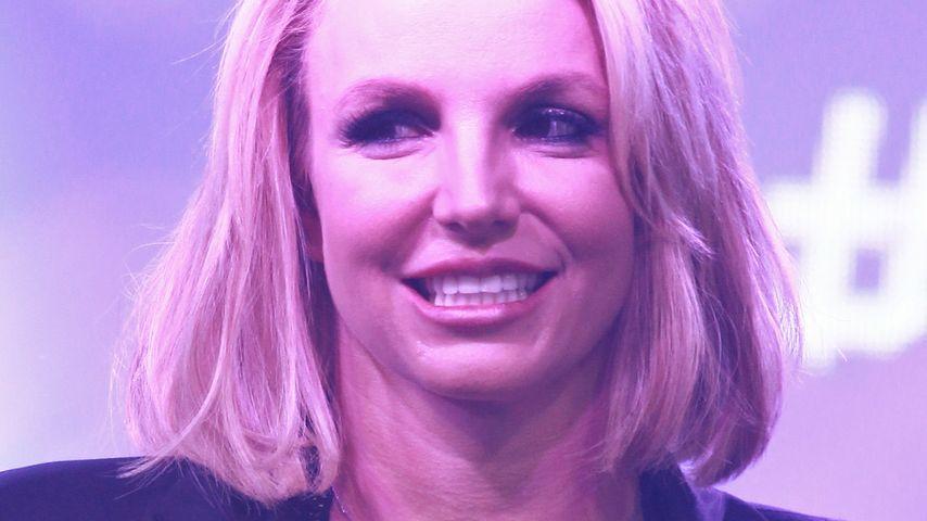 Sexy: Britney Spears mit raffiniertem Ausschnitt