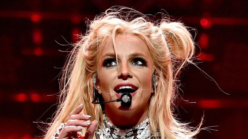 Britney Spears beim Jingle Ball 2016