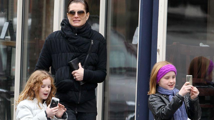 Brooke Shields mit ihren Töchtern Rowan und Grier