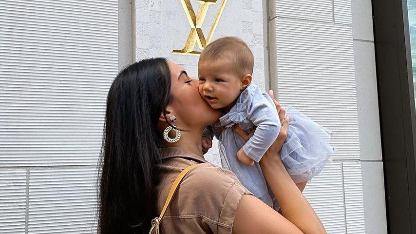 Bruna Rodrigues und ihre Tochter Violetta
