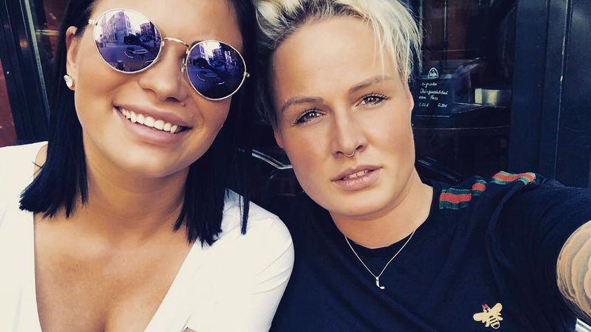 BTN-Star Laura Wölki mit ihrer Freundin