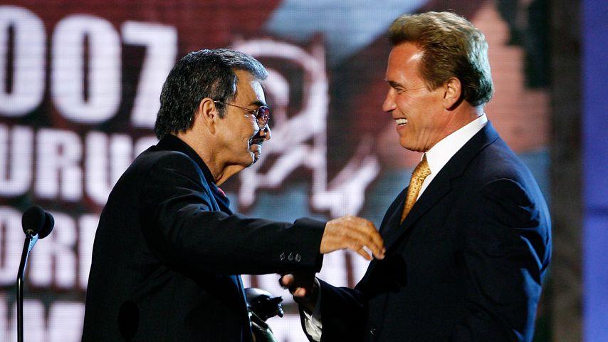 Burt Reynolds und Arnold Schwarzenegger bei den Taurus World Stunt Awards 2007