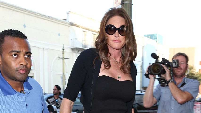 Oh là là! Caitlyn Jenner on Tour im sexy Jumpsuit