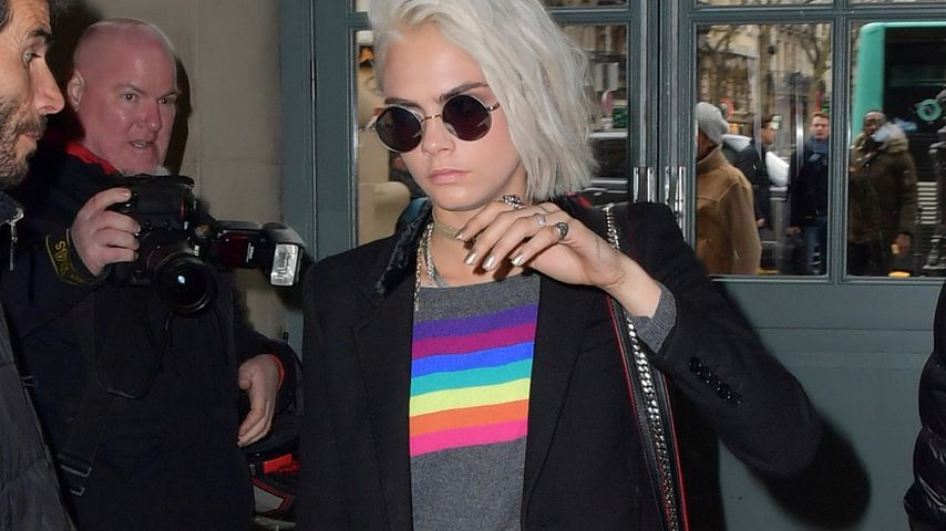 Ciao, Fashion Week! Cara Delevingne im Schlabber-Lotter-Look