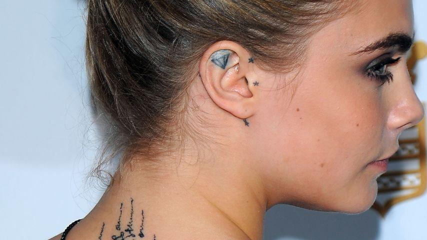in cannes: cara delevingne zeigt ihr neues tattoo | promiflash.de