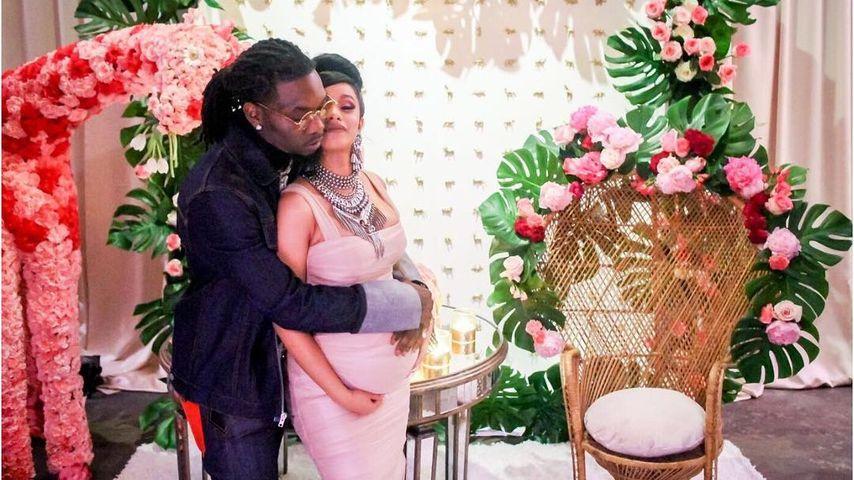 Cardi B mit ihrem Mann Offset bei ihrer Baby-Shower