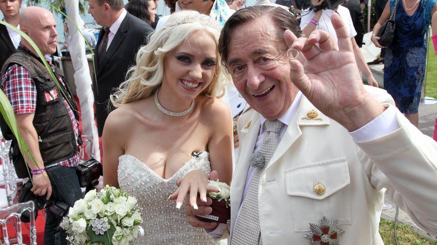 Cathy und Richard Lugner bei ihrer Verlobung im August 2014 in Velden