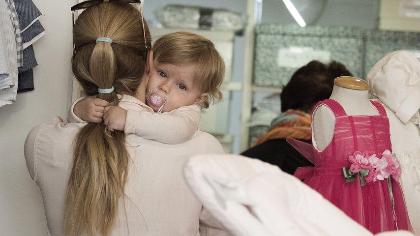 Achtung Mama Michelle Baby Celeste Auf Haariger Mission