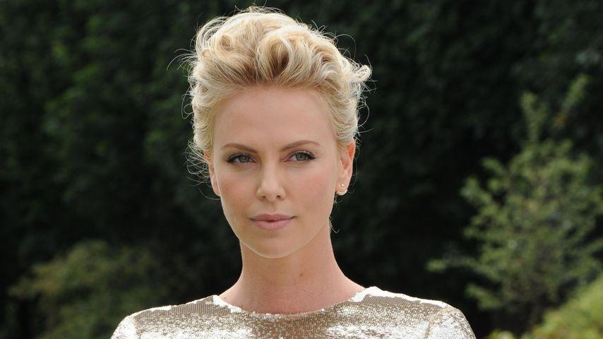 Ganz schön fies: Charlize Theron mobbt Sitcom-Star