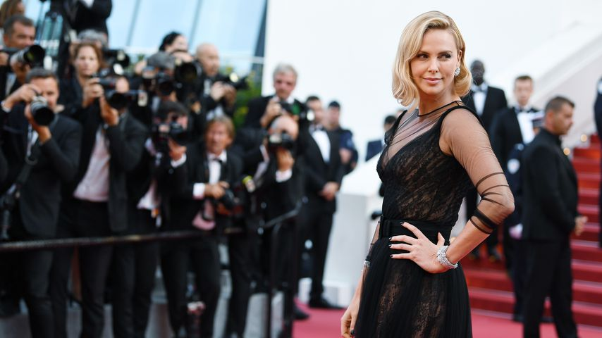 Charlize Theron 2017 in Cannes