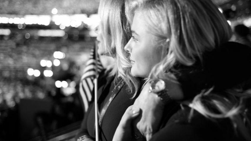Chloe Grace Moretz bei einer amerikanischen Wahlveranstaltung