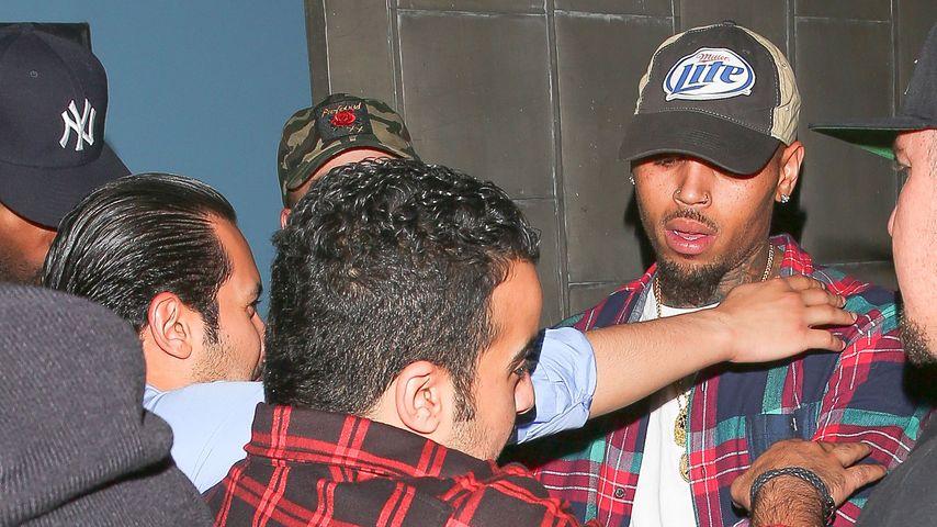 Schockübergriff: Chris Brown von Unbekannten attackiert