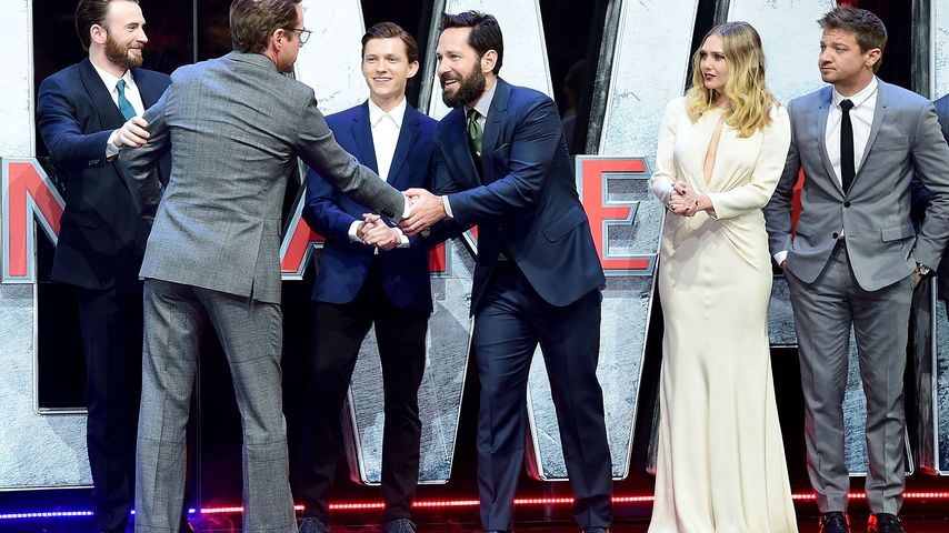 Elizabeth Olsen, Robert Downey Junior, Chris Evans, Jeremy Renner, Tom Holland und Paul Rudd