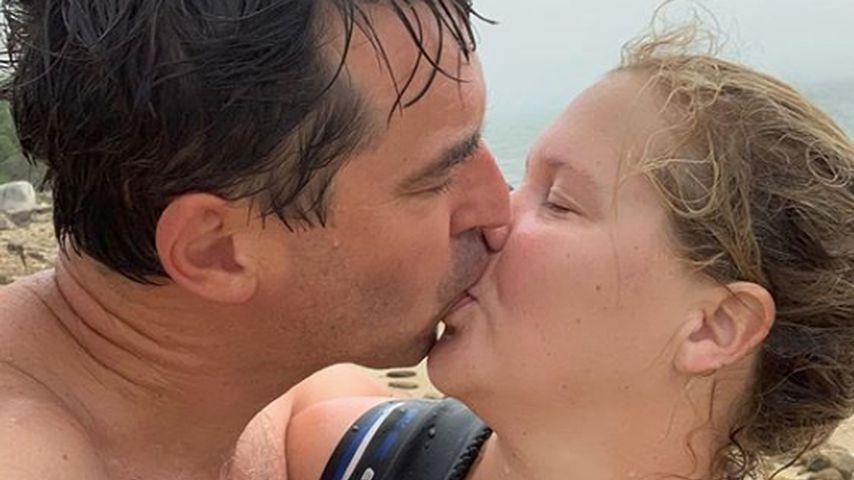 Nach Schwangerschaft: Amy Schumer feiert ihre erste Periode