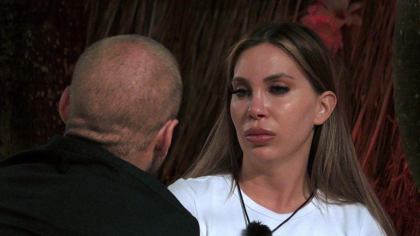 "Chris Grey und Tara Tabitha bei ""Ex on the Beach"""