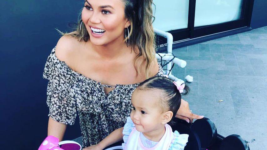 Chrissy Teigen und ihre Tochter Luna Simone