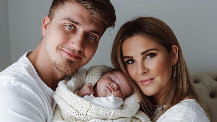 Christin Kaeber mit ihrem Freund Leons und Baby Nia