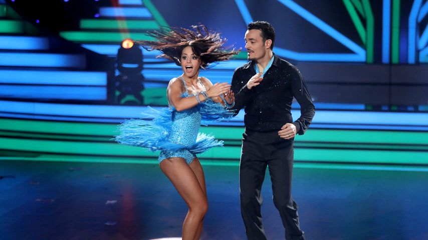 """Christina Luft und Giovanni Zarrella in der 1. Live-Show von """"Let's Dance"""""""